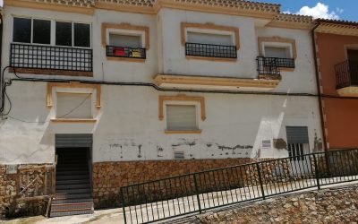 Se vende casa en Lezuza (Albacete)