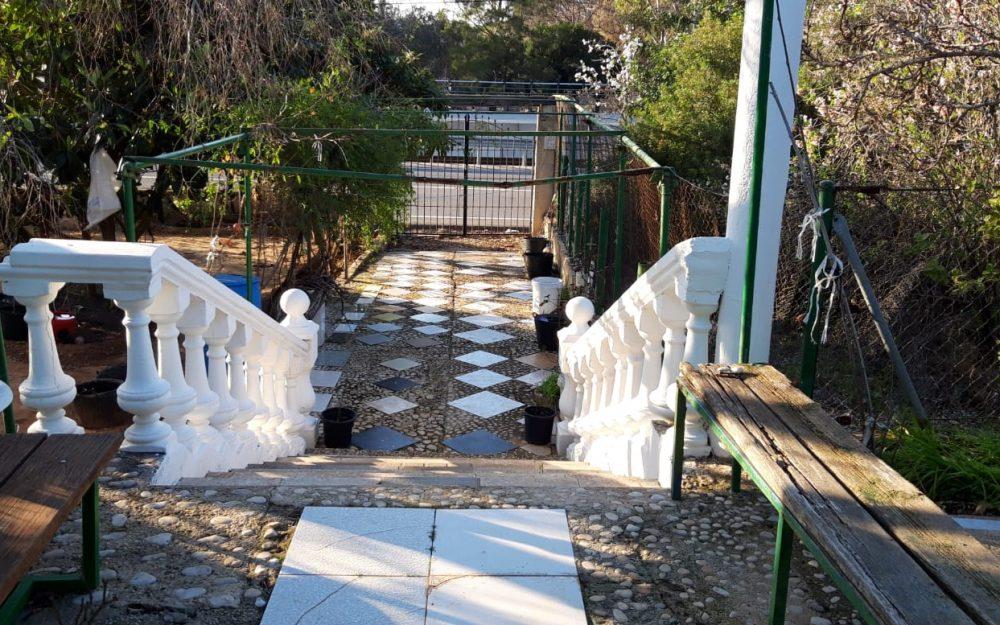 Se vende casita de campo en El Montgo Dénia