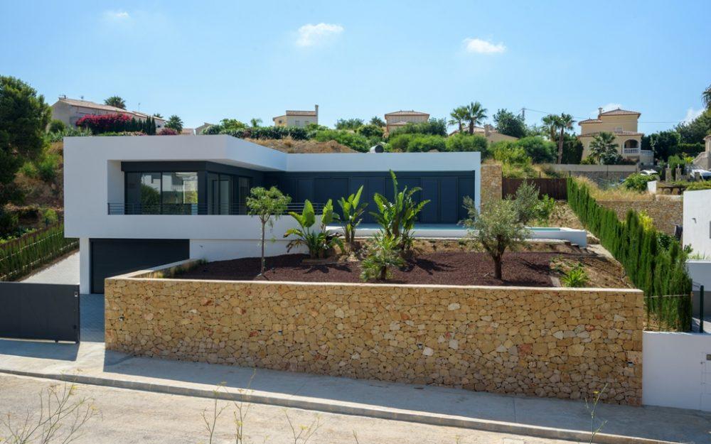 Se vende chalet de nueva construcción de diseño moderno en Calpe
