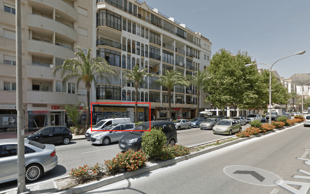 Se vende local en Calpe
