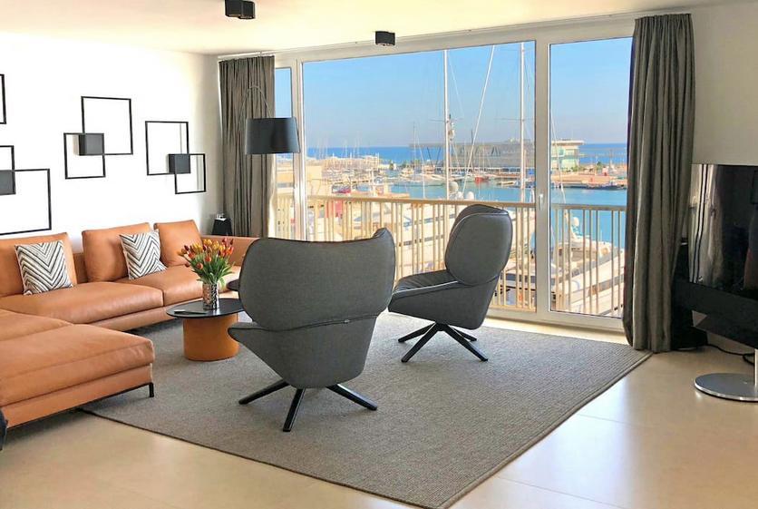 Se alquila piso de lujo en Dénia (Zona puerto)