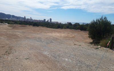 Se vende terreno de 160.000 m^2 en Benidorm