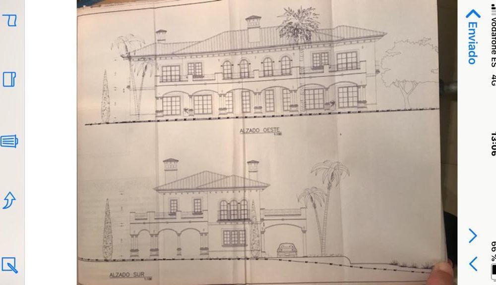 Se vende casa en obras en Jávea