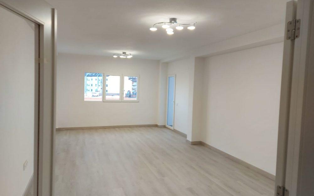 Se vende apartamento totalmente reformado en Dénia